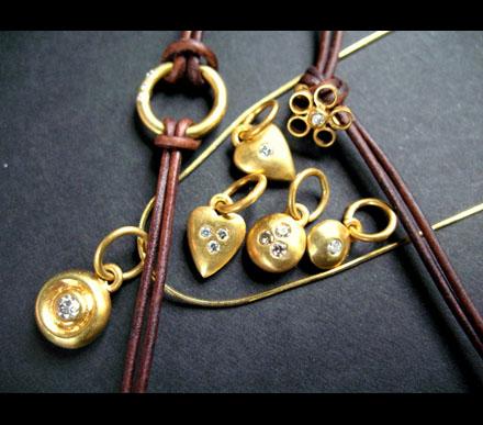 Startede selv med smykker efter fyring